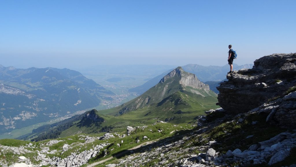 Mountain Peak Climging 1024x577 - The 7 pillars of mindfulness - #2 patience