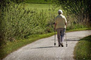 age fitness nordic walking 300x200 - AGILITÄT oder doch GAILITY?