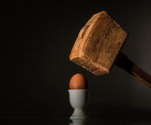hammer egg 300x250 - The 7 pillars of mindfulness - #3 Beginner's Mind