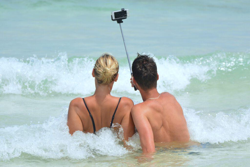 Selfie Man Woman Seashore